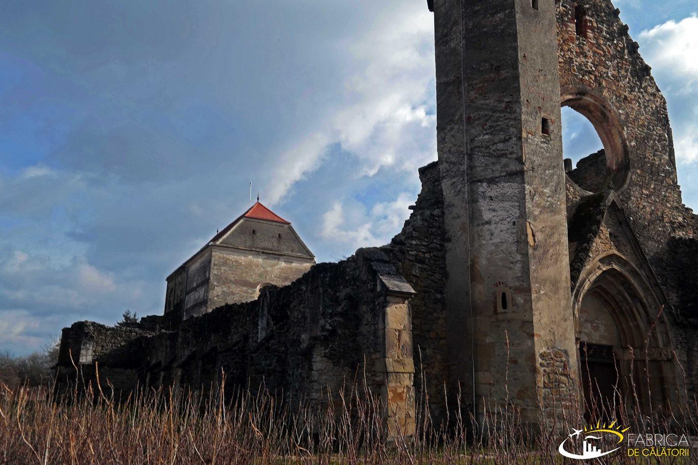 Mânăstirea Cârţa